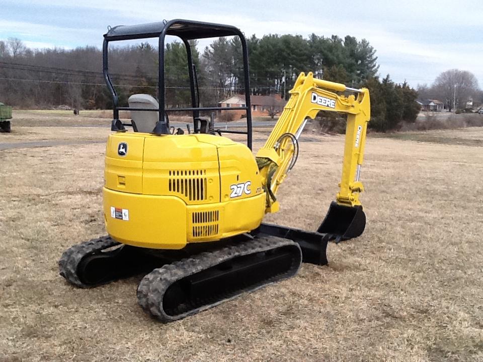 John Deere 27C Mini- Excavator 2006 - Bevins Equipment