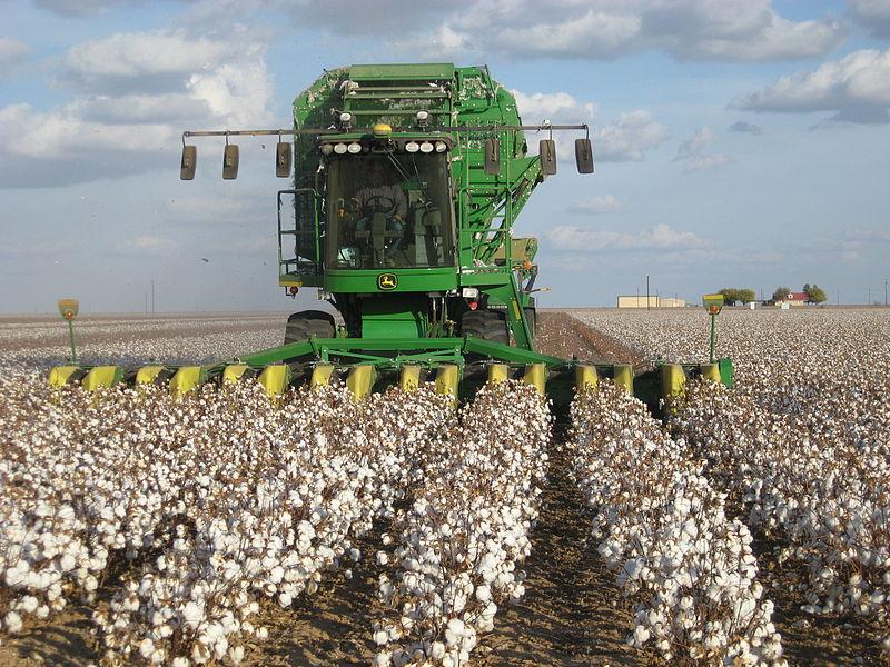 File:John Deere cotton harvester kv02.jpg - Wikipedia
