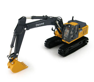 NEW-John-Deere-210G-LC-Excavator-Prestige-Collection-High-Detail-1-50 ...