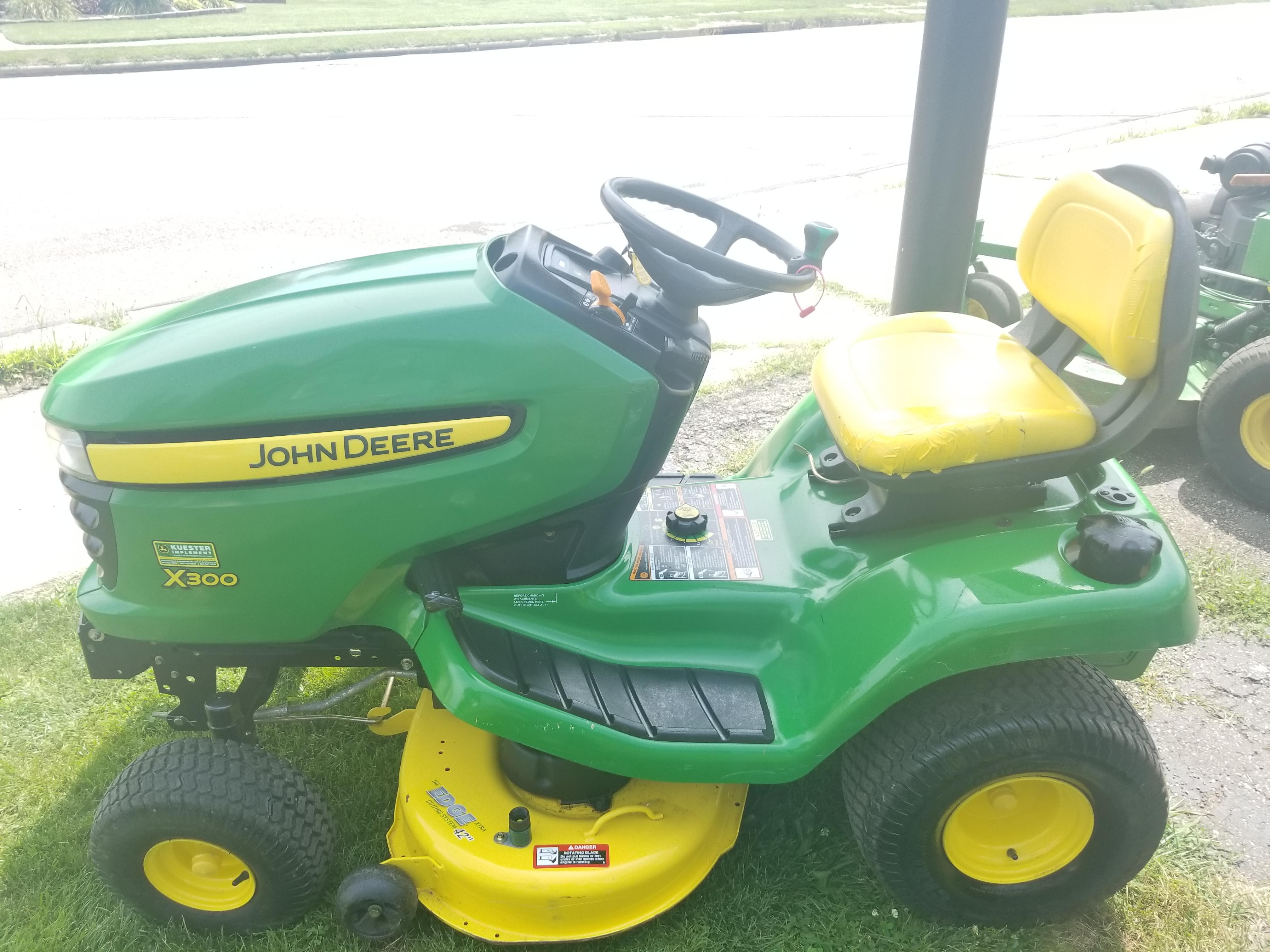 42in John Deere X300 Riding Lawn Mower 300 Hrs & Snow Plow ...
