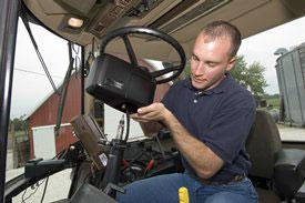 Mobile AutoTrac™ Universal 200 steering kit