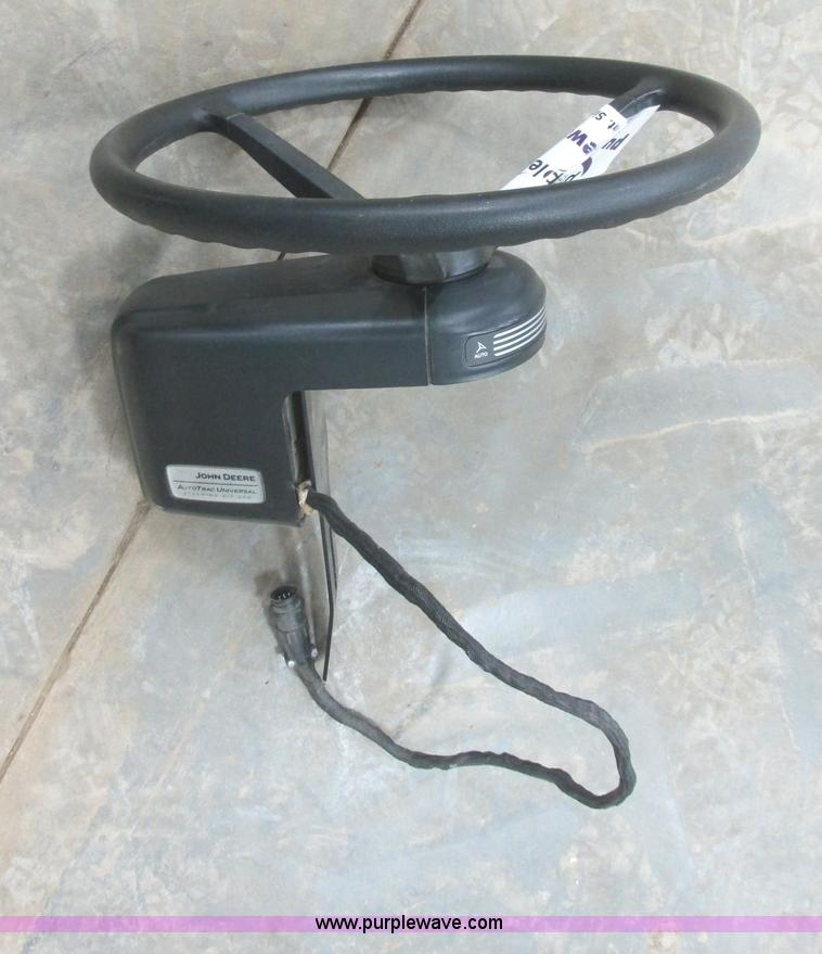 E5418.JPG - John Deere AutoTrac 200 universal steer kit, Eight pin ...