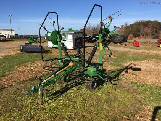 John Deere TEDDER Hay Equipment - Handling and Transport - John Deere ...