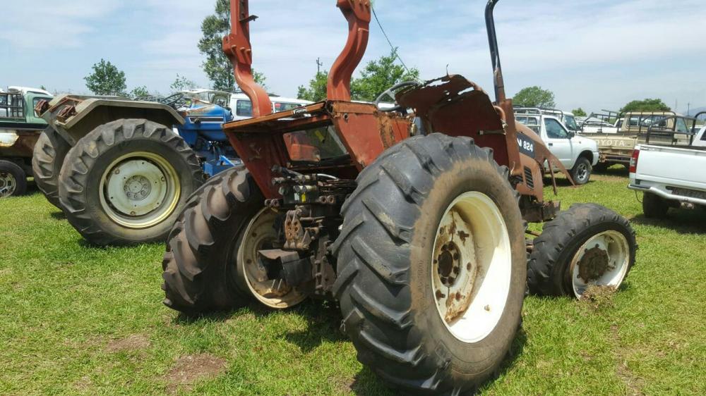 Foton 824 4x4 tractor breaking for parts Emona • olx.co.za