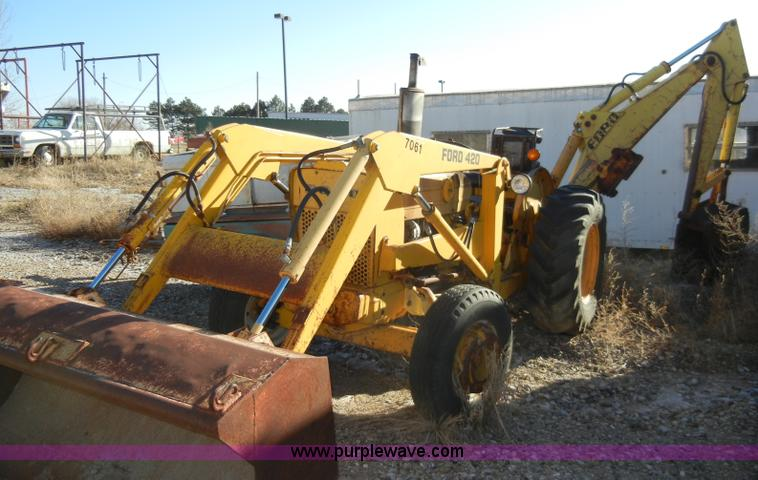 Ford 420 RD22ik tractor with loader and backhoe for sale in Kansas