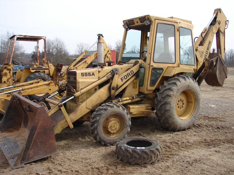 Ford 555A Backhoe: