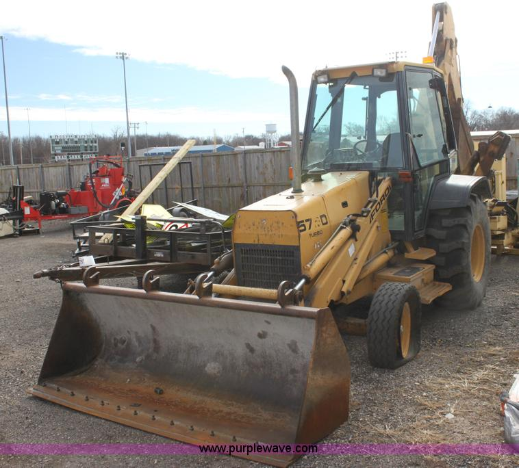 Ford 575D Turbo backhoe | no-reserve auction on Tuesday, February 04 ...