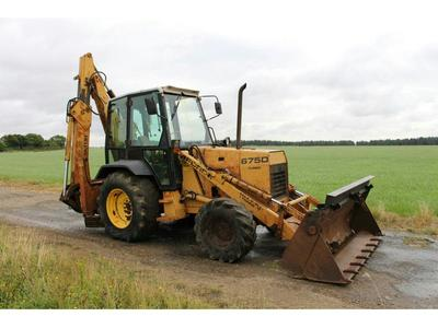 FORD 675D TURBO 4WD DIGGER LOADER c/w 4 in 1 front bucket, Extra-Vator