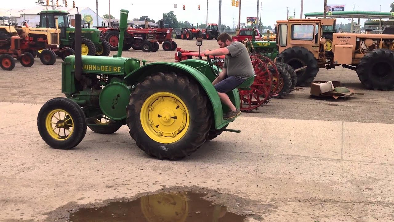 JOHN DEERE UNSTYLED D TRACTOR FOR SALE ON EBAY - YouTube