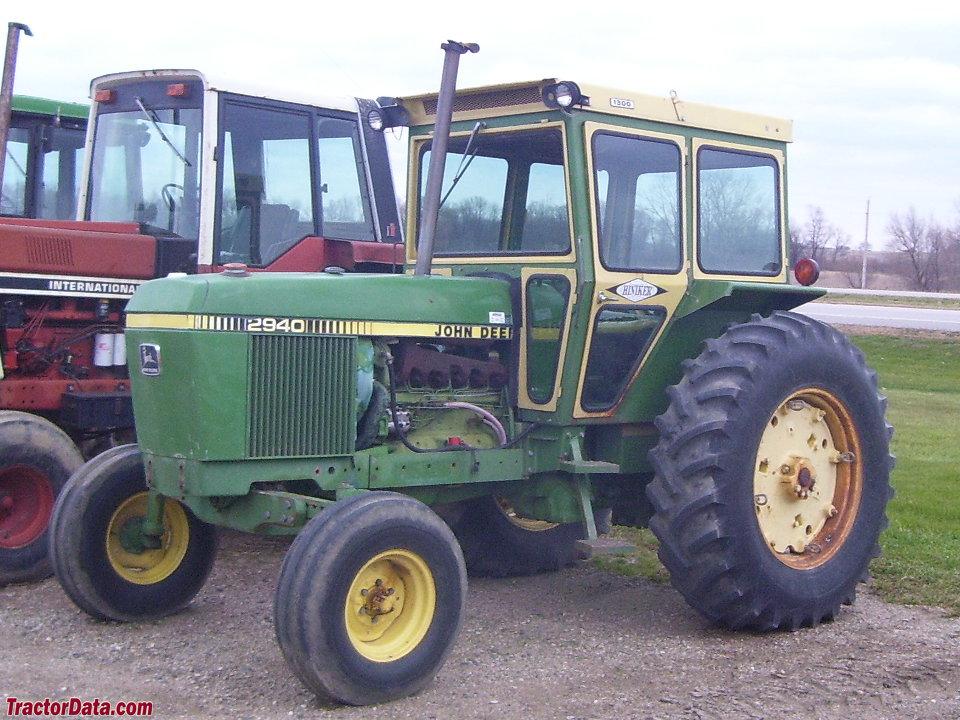 TractorData.com John Deere 2940 tractor photos information