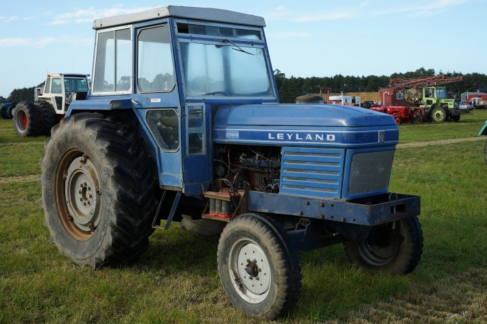 Leyland 2100 Specifications