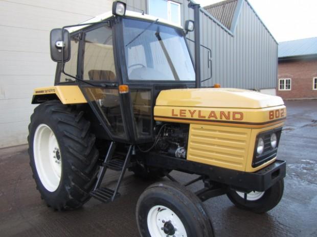 Leyland 802, 1983, 1,348 hrs   Parris Tractors Ltd
