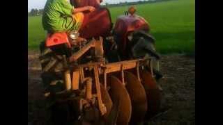shibaura sd3000 ploughing shibaura sd3000 ploughing