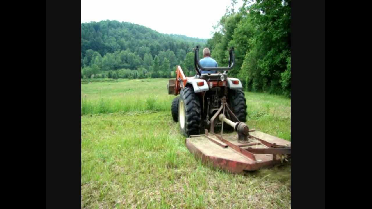 Mowing with 6 foot Brush Hog and 2002, Tafe 2800 tractor - YouTube