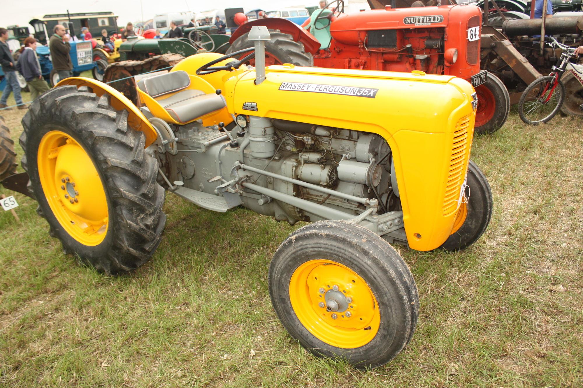 Massey Ferguson Construction   Tractor & Construction Plant Wiki ...