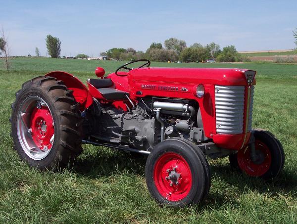 Massey Ferguson 50 Tractor Restoration - Classic Farm Tractors