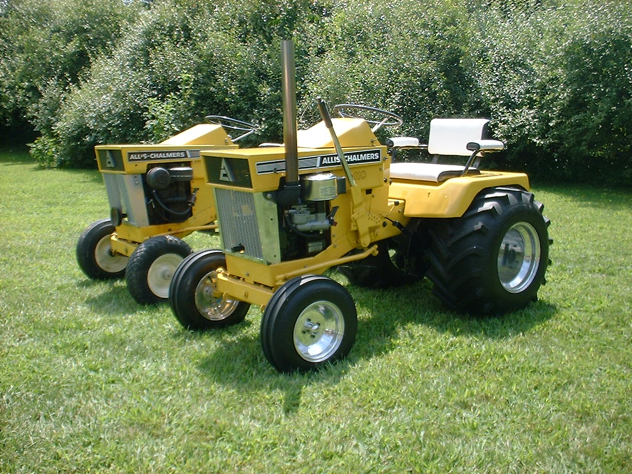 Allis Chalmers B110 Lets see some lawn and garden equipment ...