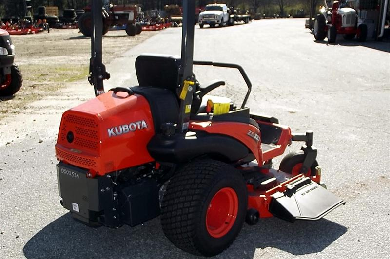 NEW KUBOTA ZD323-60 Zero Turn Diesel Mower w/ 60