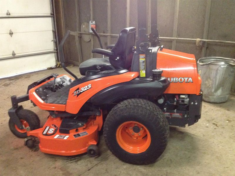 Kubota ZD323 Riding Mowers for Sale | Fastline