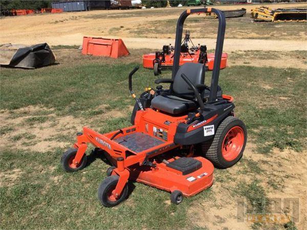 Purchase Kubota ZG127E lawn mowers, Bid & Buy on Auction - Mascus USA