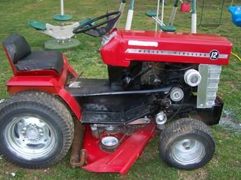 Massey Ferguson 12 - TractorShed.com