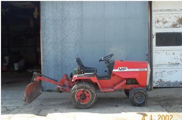 Massey Ferguson 1450 - TractorShed.com
