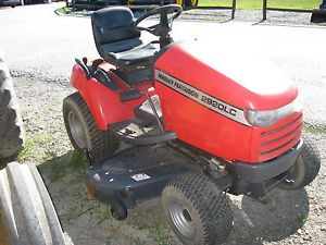 Massey Ferguson 2920LC Riding Lawn Mower 60