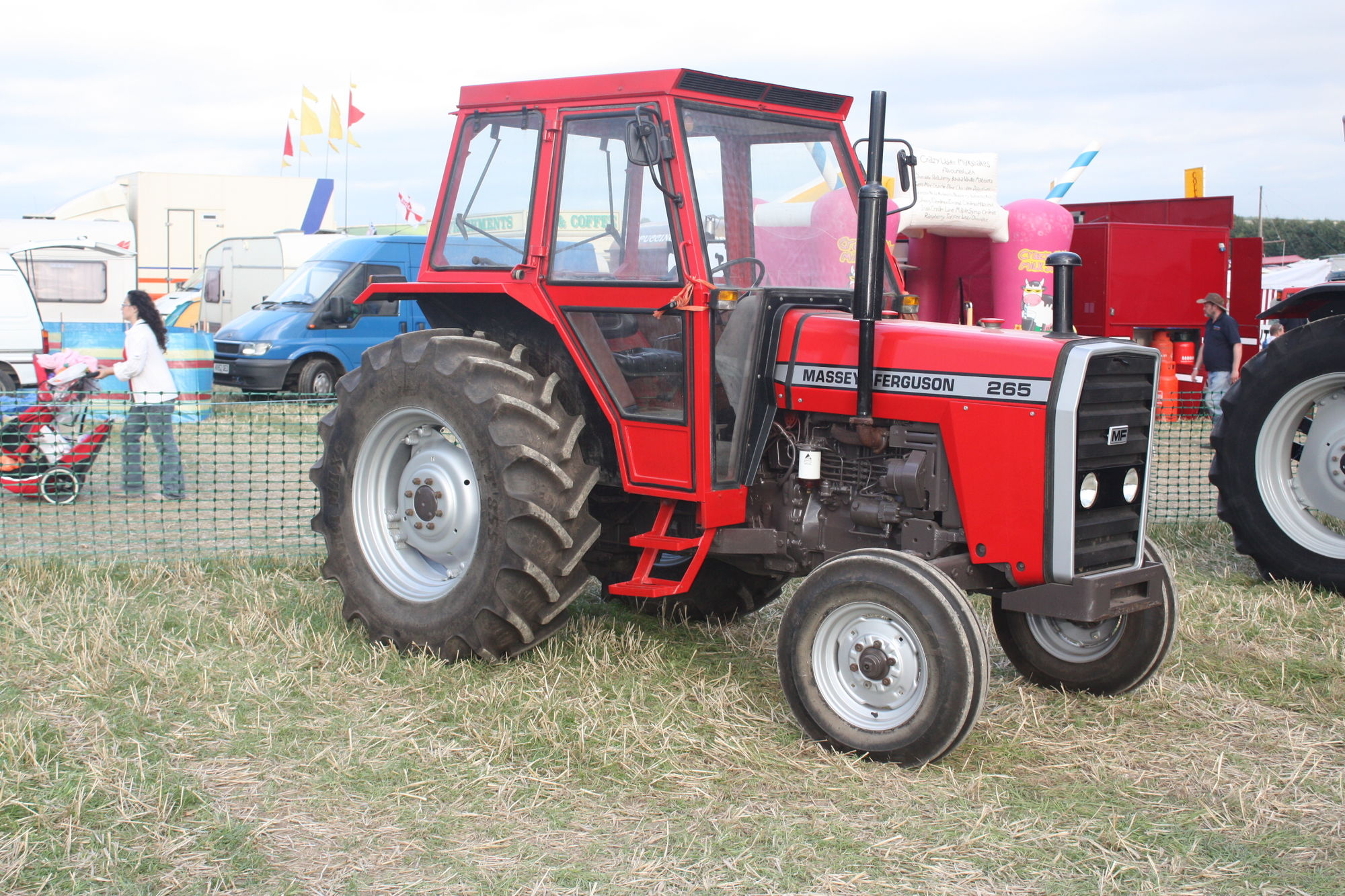Category:Massey Ferguson 265 | Tractor & Construction Plant Wiki ...