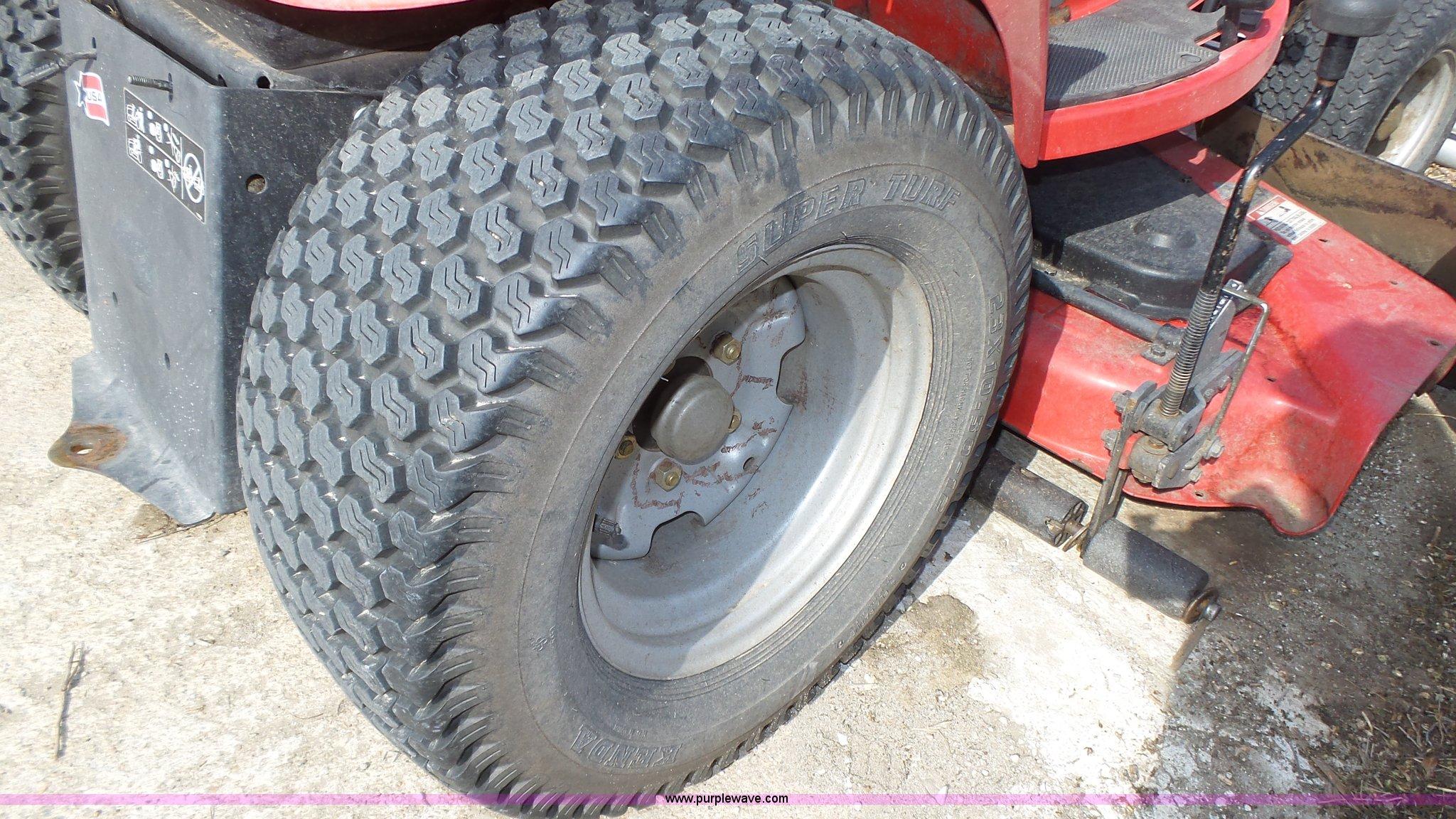 Massey-Ferguson 2722 lawn mower | Item K8274 | SOLD! May 4 V...
