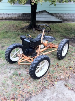 Below are our Garden Tractors that we have for Sale: