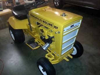 1969 Minn Moline 107 Garden Tractor - TractorShed.com