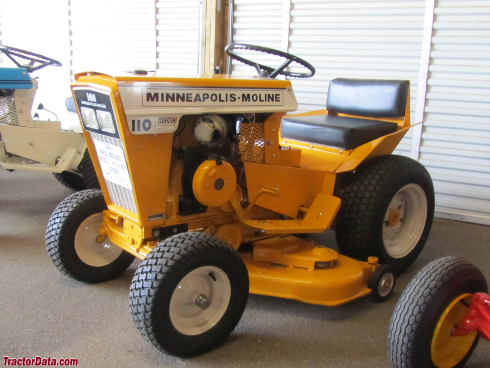 TractorData.com Minneapolis-Moline Town & Country 110 tractor photos ...