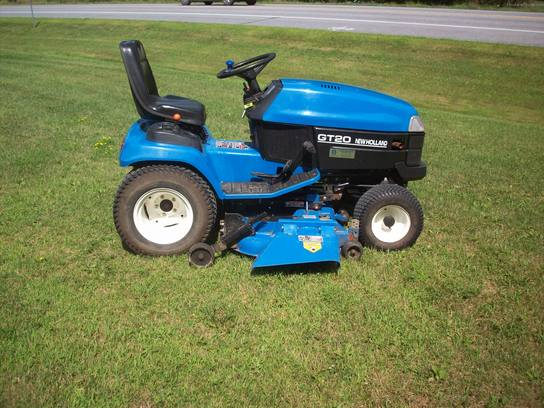 1999 New Holland GT20 Lawn & Garden and Commercial Mowing - John Deere ...
