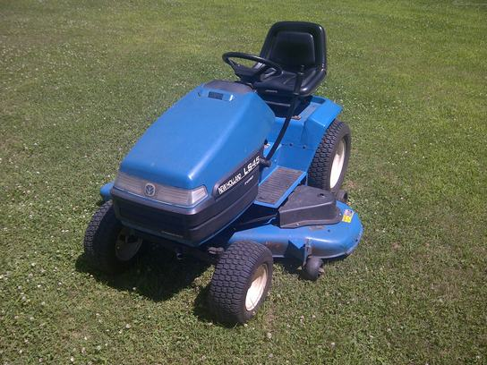1997 New Holland LS45 Lawn & Garden and Commercial Mowing - John Deere ...