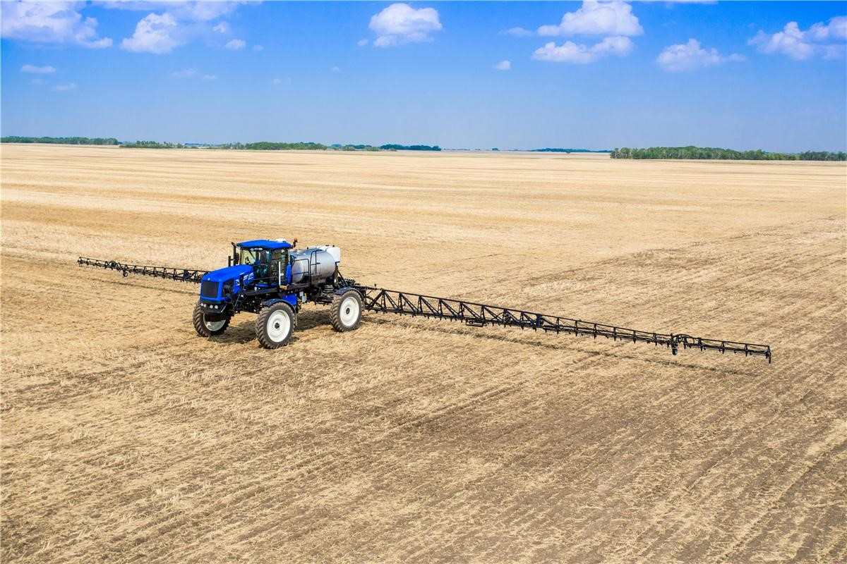 New Holland Guardian MY2016 Series Expanded to Include Rear Boom and ...