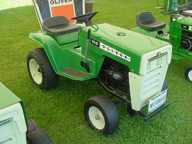 Oliver 105 lawn mower