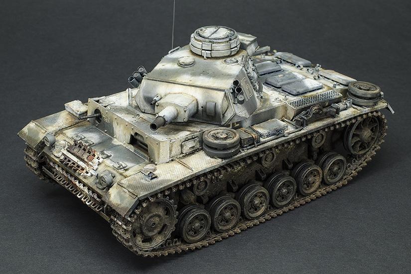 Tema: Panzer III Ausf. N, sPzAbt. 502 en Leningrado