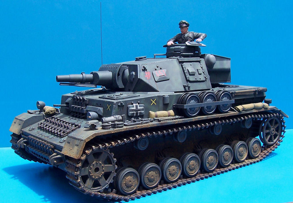 Since lawn panzers look quite odd to me I decided to photograph on a ...