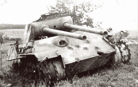 Pz.Kpfw. V Panther « Zwilling » Ausf. G ***fake panzer*** | Flickr