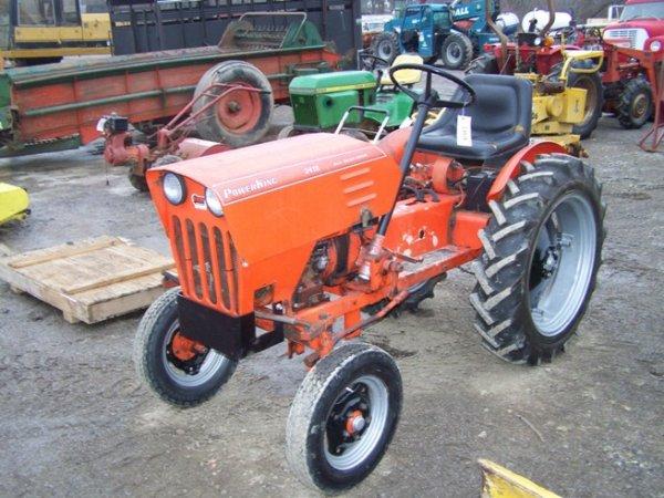 590: Power King 2418 Gear Drive Garden Tractor : Lot 590