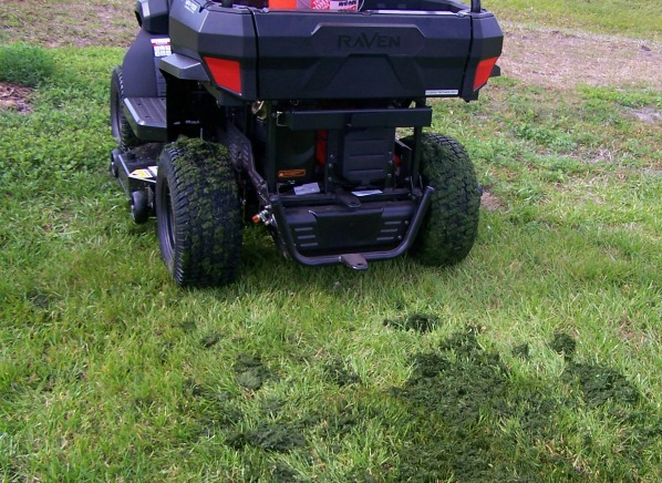 Raven Hybrid Tractor Review   Lawn Mower Reviews - Consumer Reports