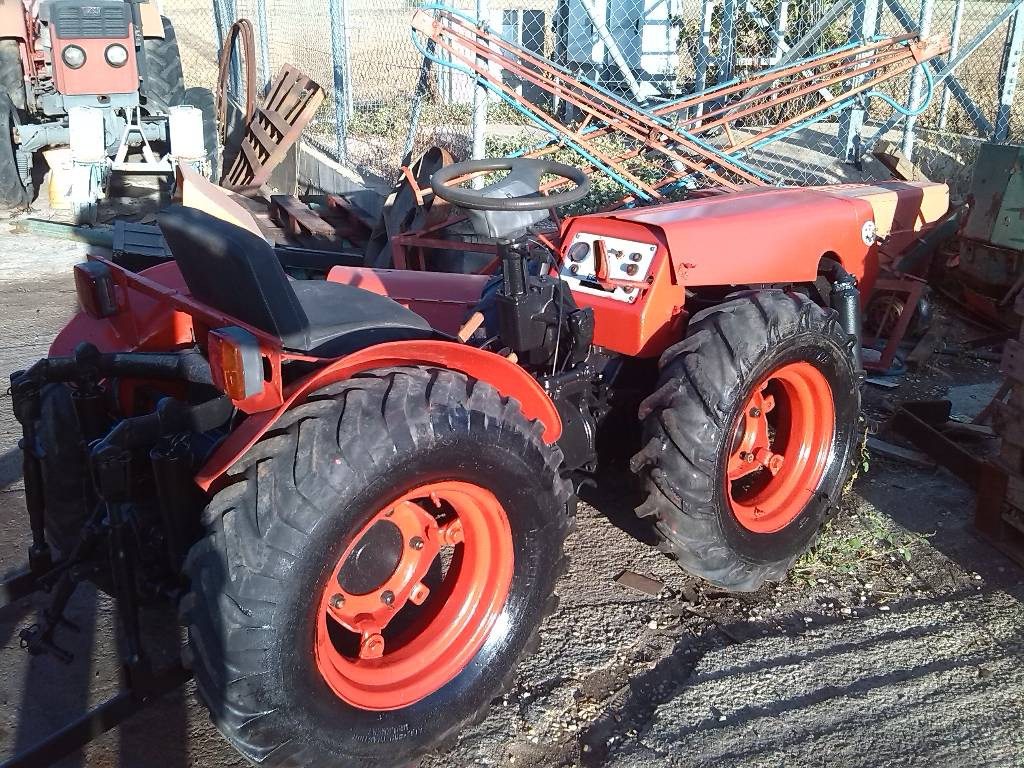 Used Agria 8900b tractors Year: 1995 Price: $2,674 for ...