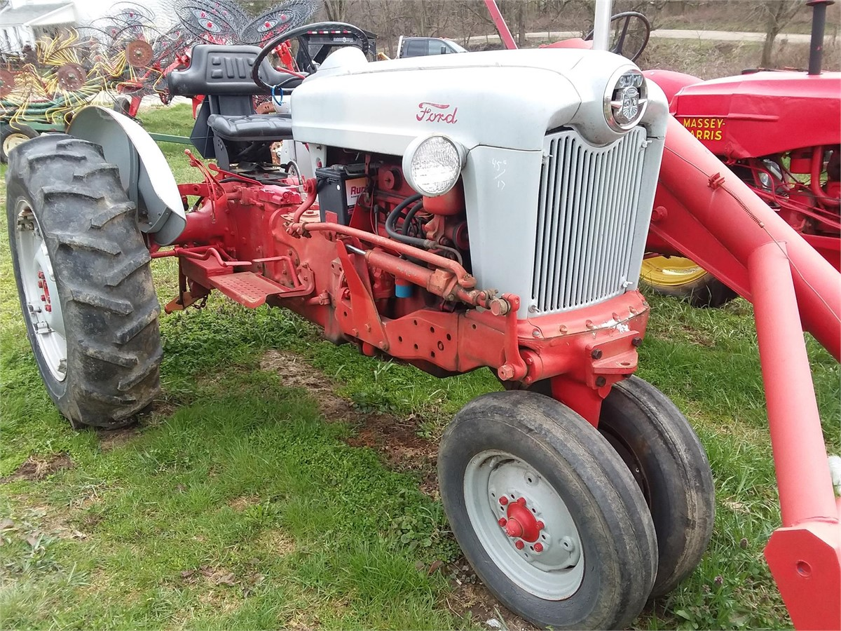 FORD 960 For Sale In Saint Clairsville, Ohio ...