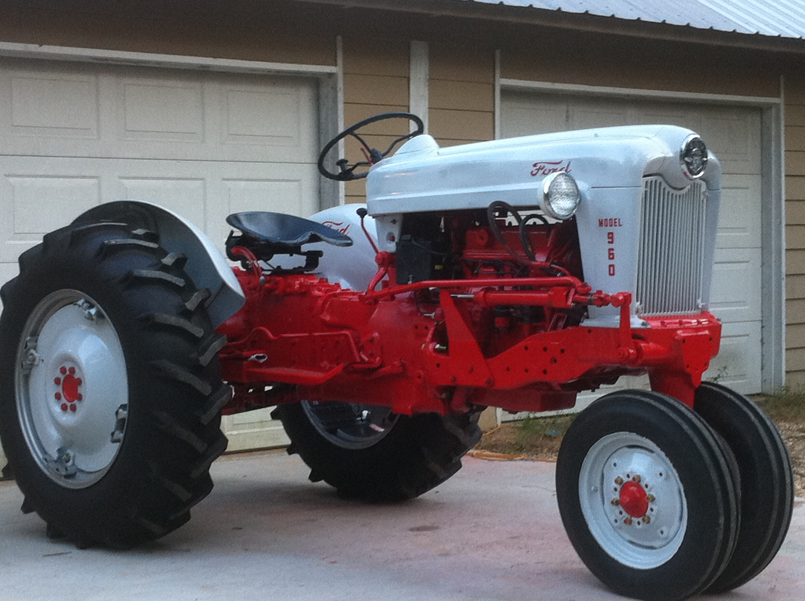 Tractor Story - Ford 960 - Antique Tractor Blog
