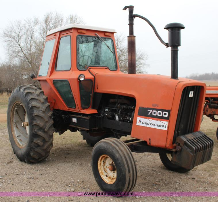 Allis Chalmers 7000 tractor | no-reserve auction on Wednesday, April ...