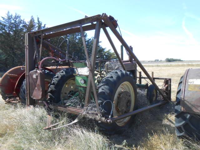 1952 JD Model G tractor, Ser#62505, 2 cyl gas end, farm hand hyd ...