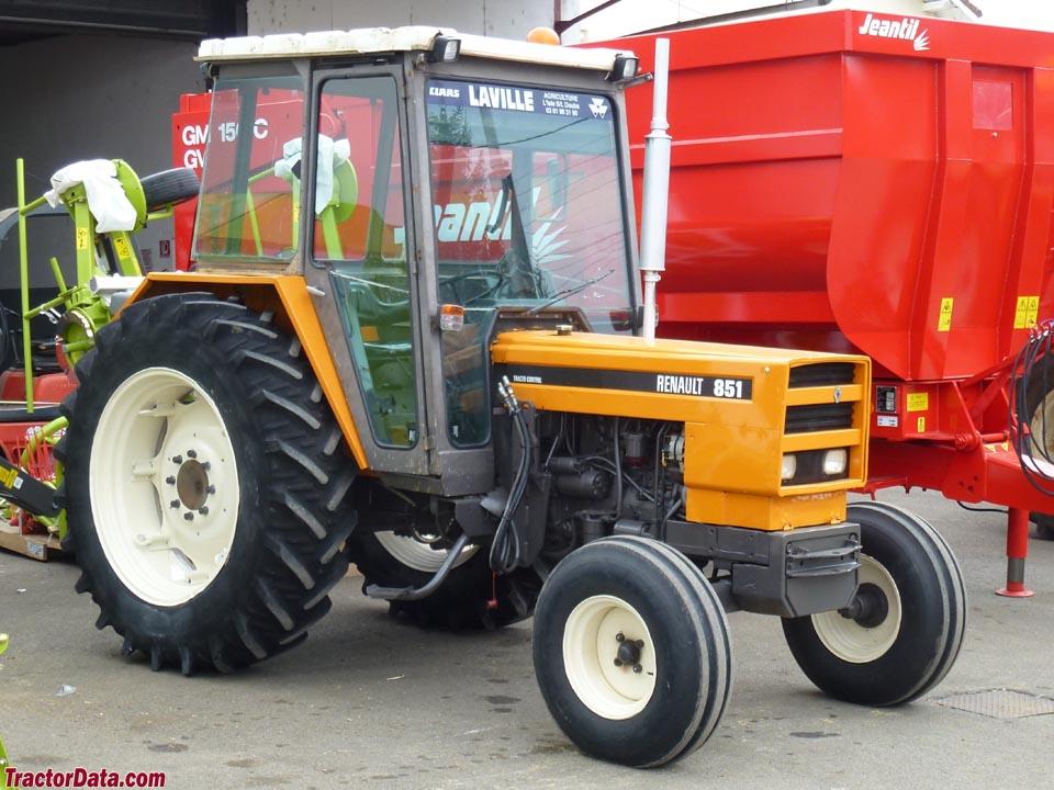 renault farm tractors