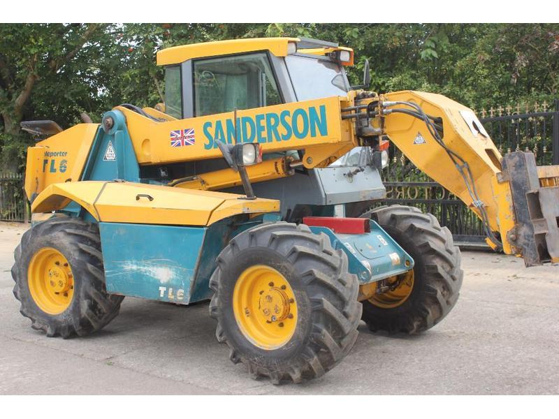 saunderson farm tractors