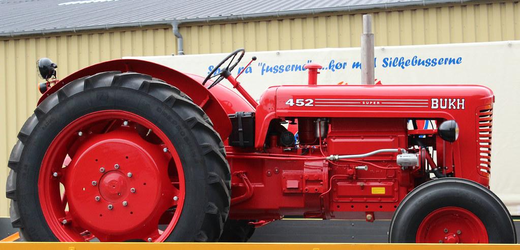 Bukh Tractor at the Meeting of veteran trucks in Silkeborg ...