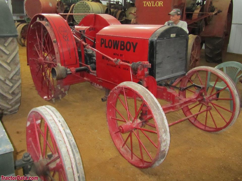 interstate tractor plow tractor